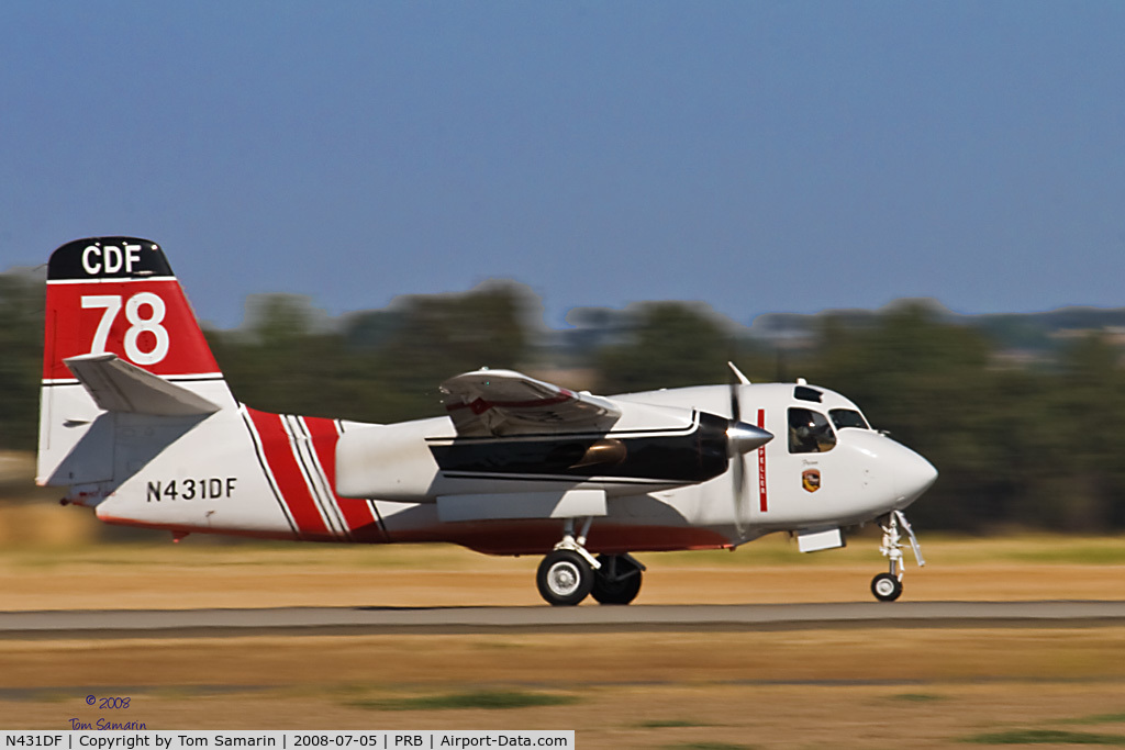 N431DF, 2001 Marsh Aviation S-2F3AT C/N 149265, Cal Fire Tanker 78 at Paso Robles