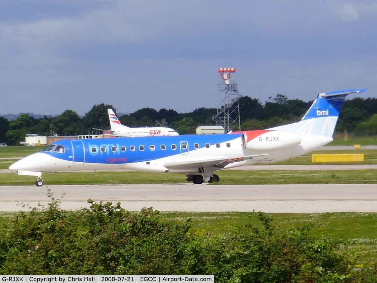 G-RJXK, 2001 Embraer EMB-135ER (ERJ-135ER) C/N 145494, bmi regional