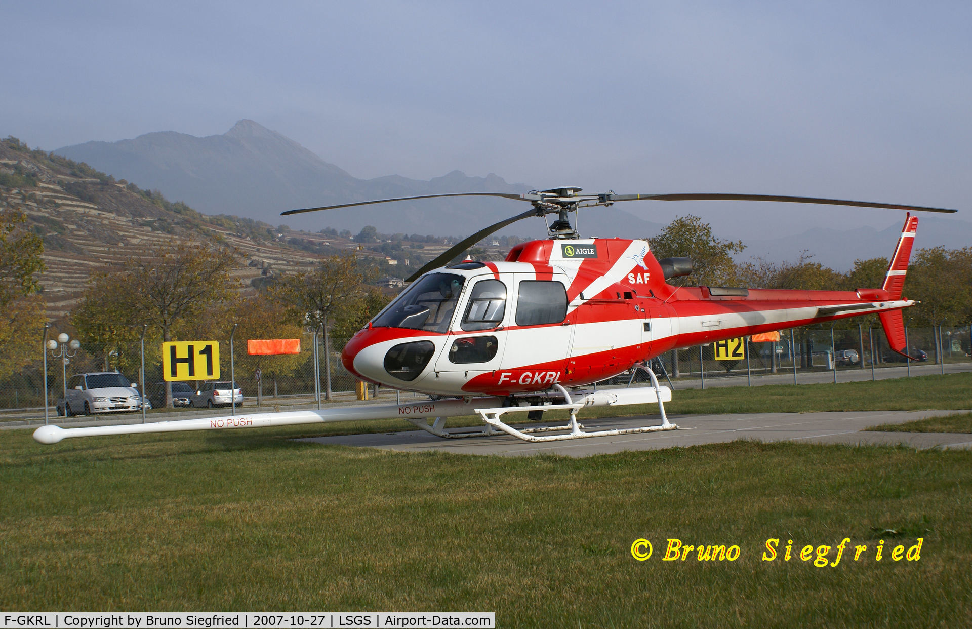 F-GKRL, Eurocopter AS-350B-3 Ecureuil C/N 3473, Sion Airport LSGS