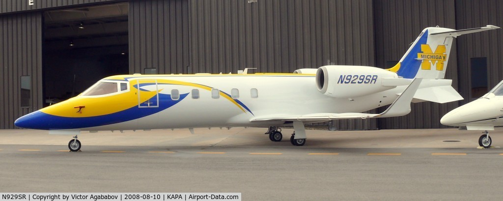 N929SR, 1998 Learjet Inc 60 C/N 144, At Centennial