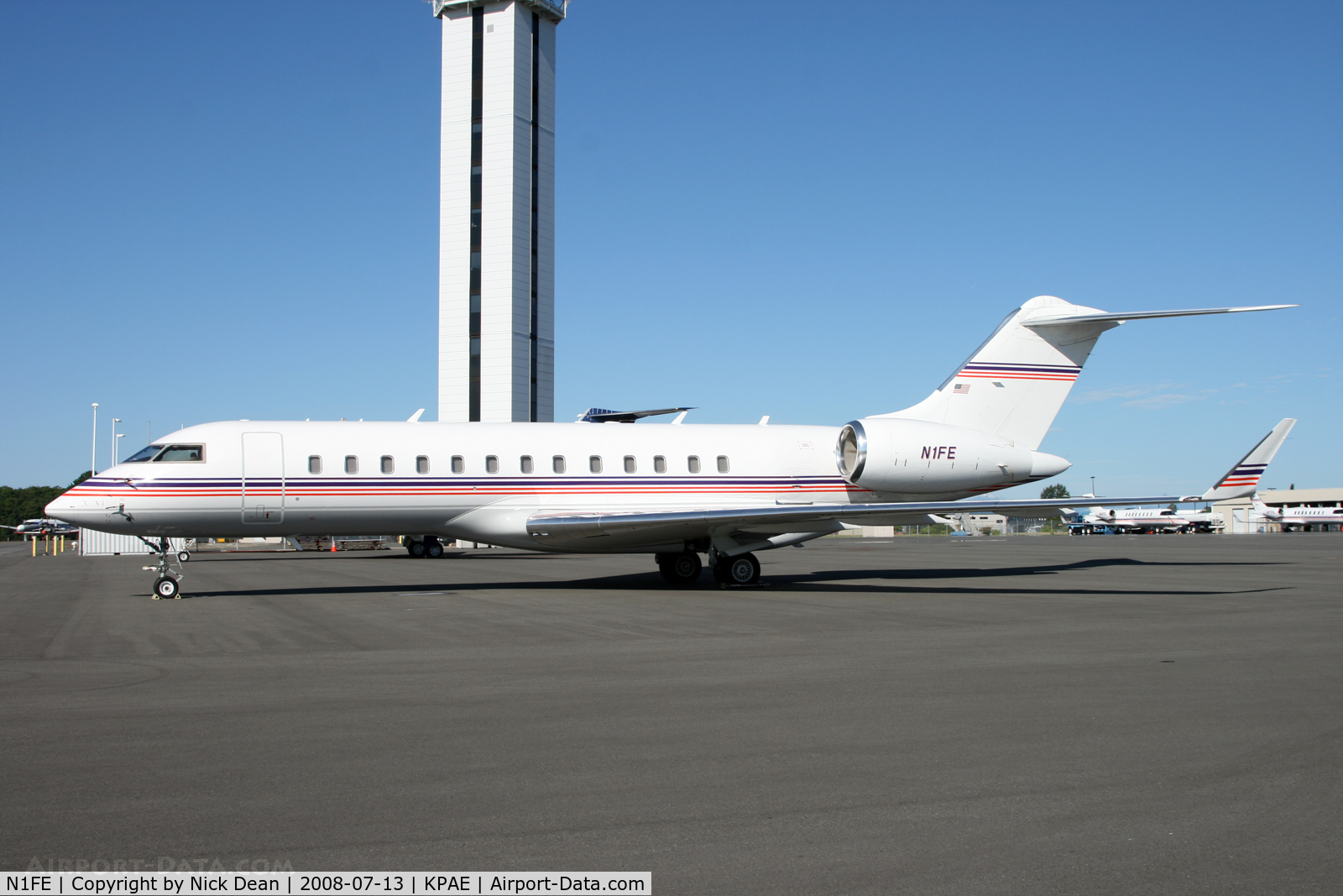 N1FE, 2001 Bombardier BD-700-1A10 Global Express C/N 9091, Visitor