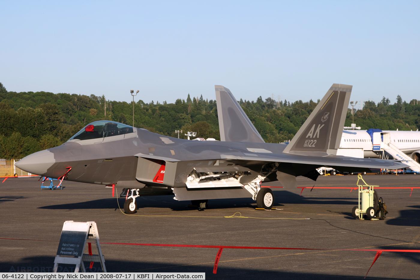 06-4122, 2006 Lockheed Martin F-22A Raptor C/N 4122, Visitor