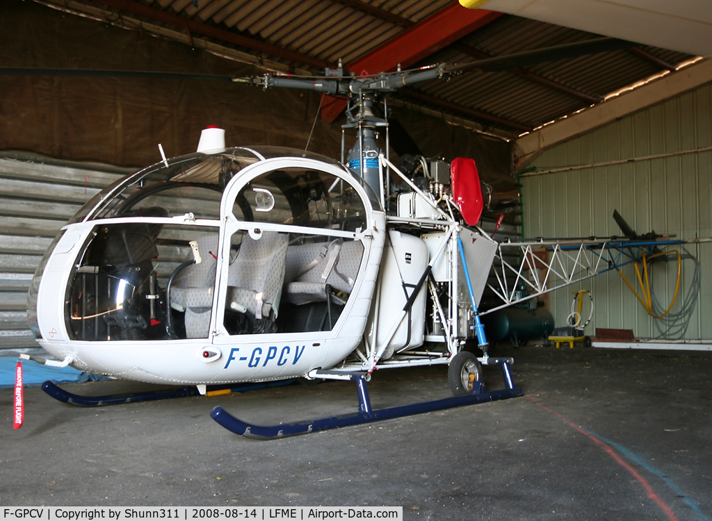 F-GPCV, Aerospatiale SE-313B Alouette II C/N 1384, Parked inside one of the various hangars...