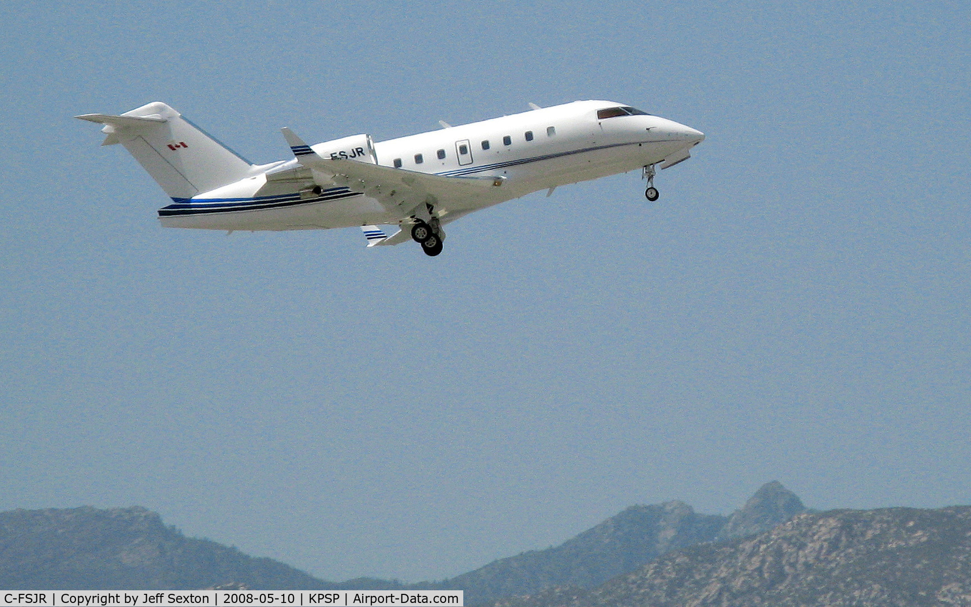 C-FSJR, 1999 Canadair Challenger 605 (CL-600-2B16) C/N 5413, Take-off from Palm Springs International