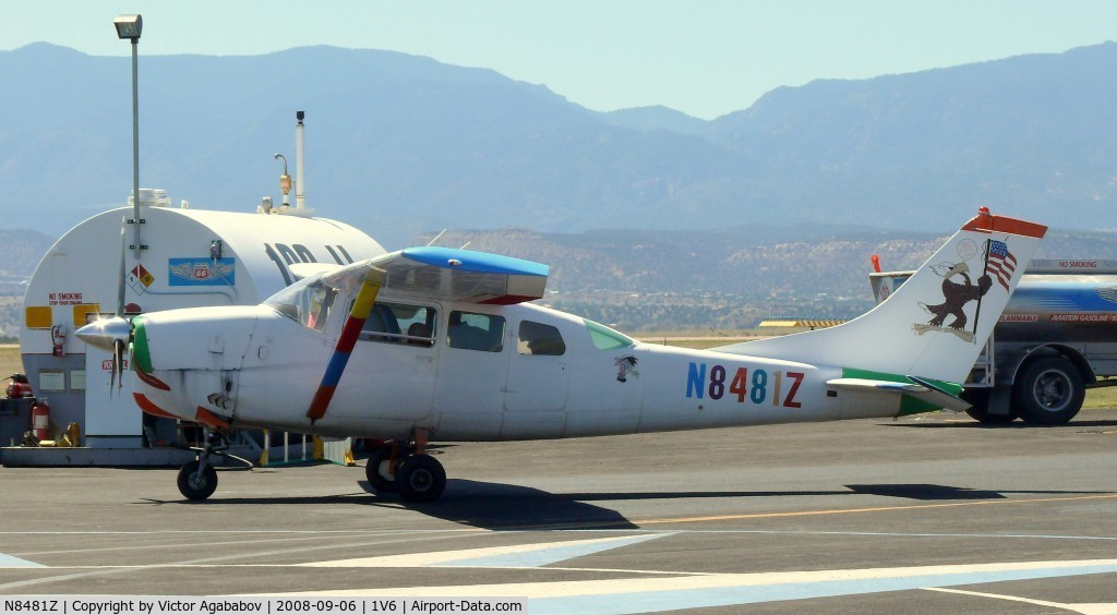 N8481Z, 1963 Cessna 210-5A C/N 205-0481, Parachute jumper plane :-) Nice colors for the ident