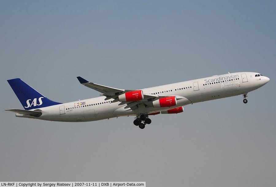 LN-RKF, 2001 Airbus A340-313X C/N 413, Airbus A340-313