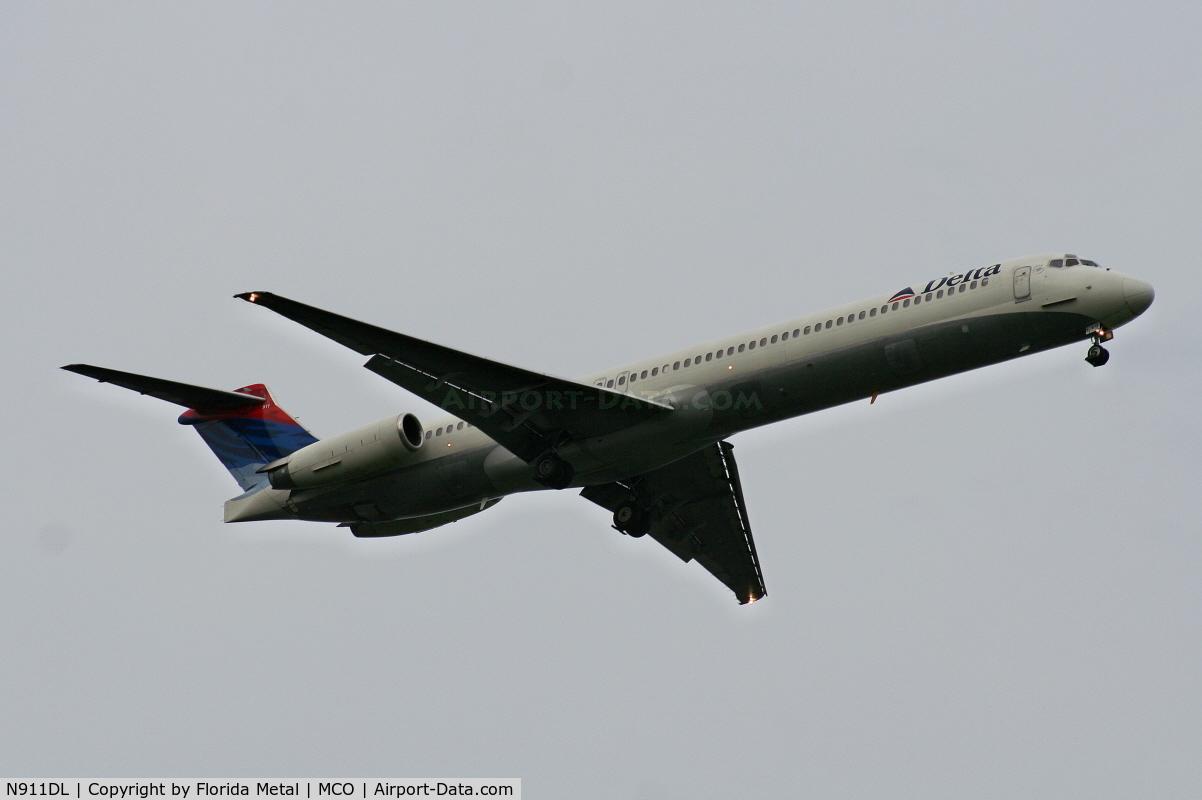 N911DL, 1987 McDonnell Douglas MD-88 C/N 49542, Delta MD-88