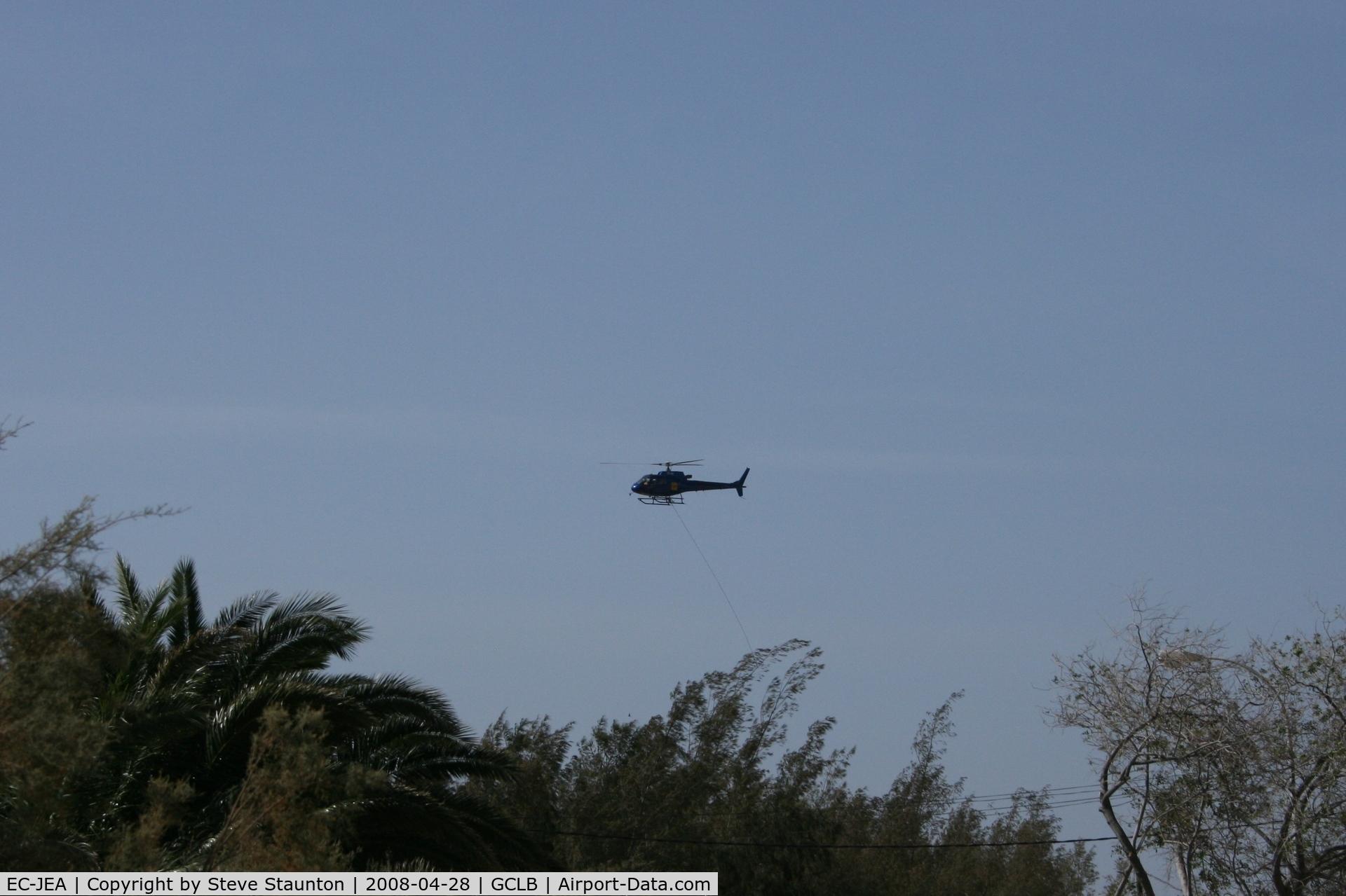 EC-JEA, Aerospatiale AS-350B-3 Ecureuil C/N 3819, Taken at El Berriel, Gran Canaria.