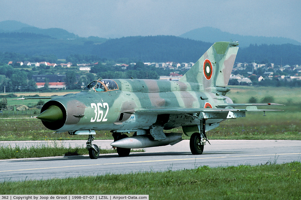 362, Mikoyan-Gurevich MiG-21Bis C/N 75094362, This bright coloured MiG-21 was a participant of the 1998 Co-operative Change exercise.