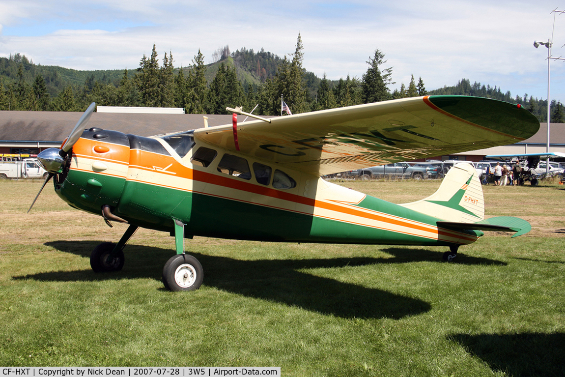 CF-HXT, 1951 Cessna 195 C/N 7679, /