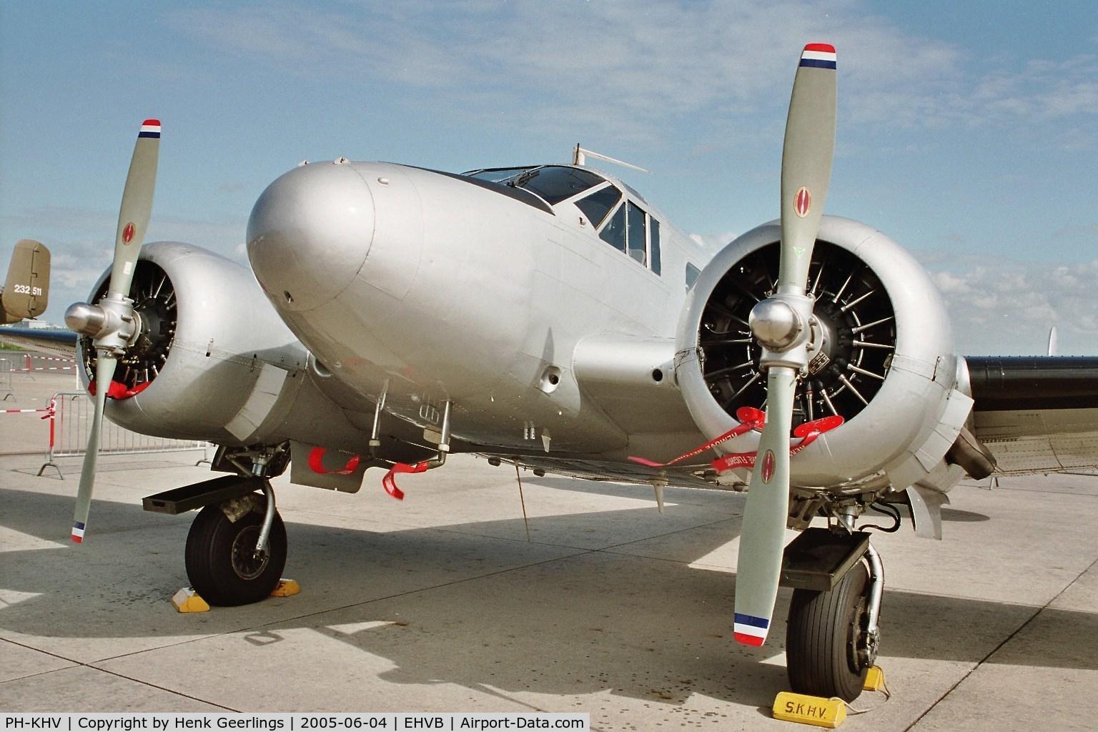PH-KHV, 1952 Beech Expeditor 3NM (D18S) C/N A-904/CA-254, Valkenburg Naval Air Base , closing of Base, june 2005