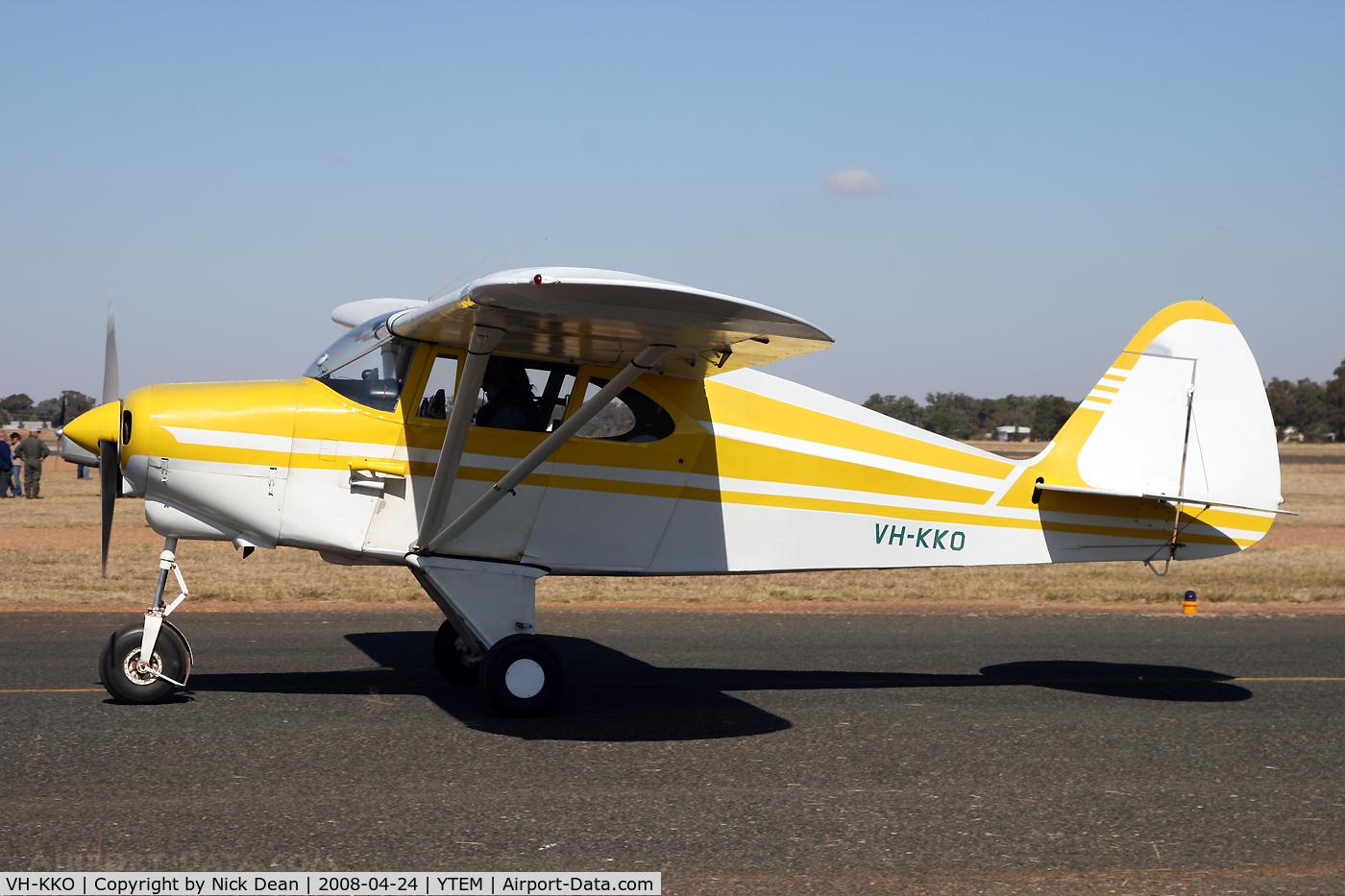 VH-KKO, 1952 Piper PA-22-150 C/N 22-878, YTEM (AAAA annual fly-in)