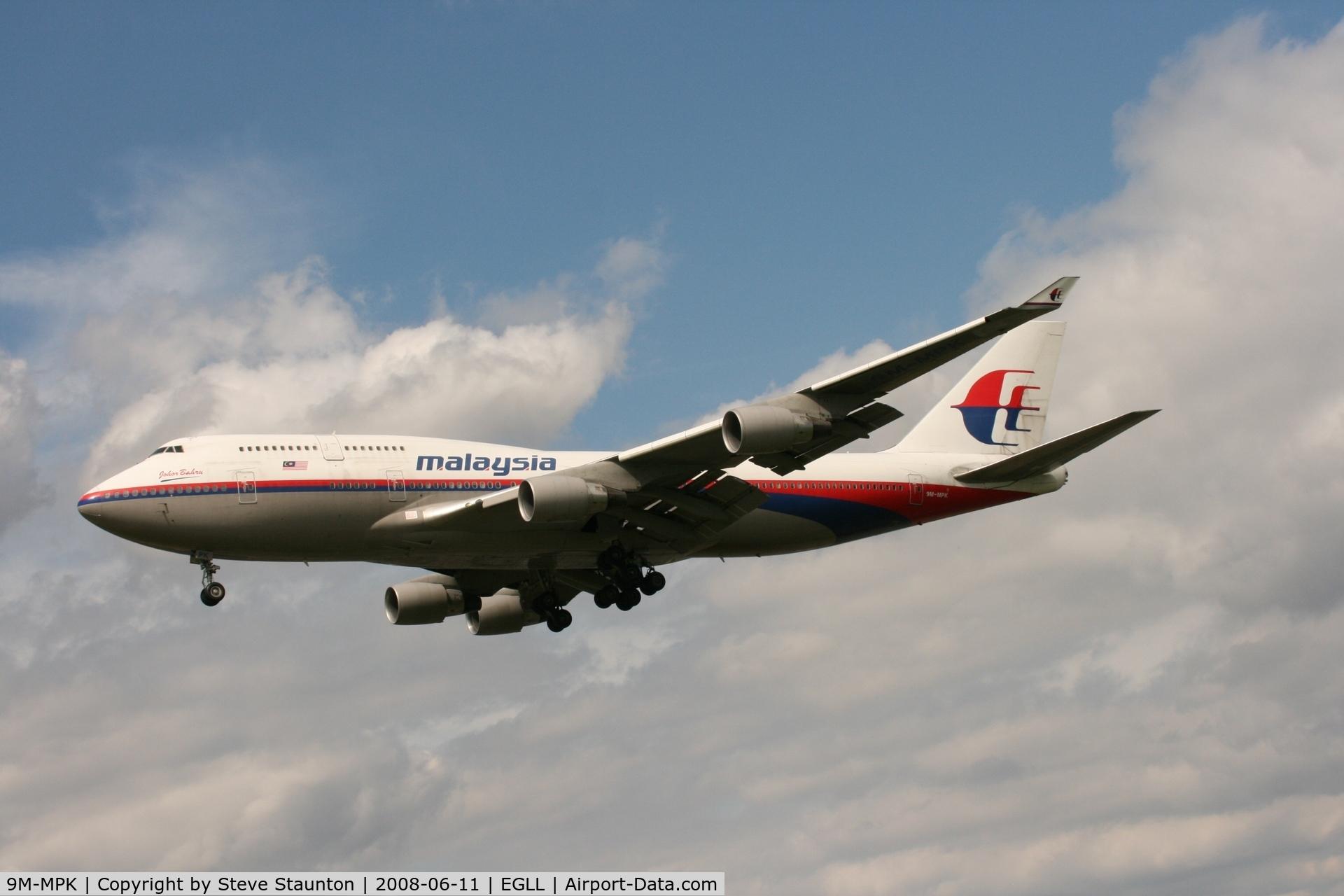 9M-MPK, 1998 Boeing 747-4H6 C/N 28427, Taken at London Heathrow 11th June 2008
