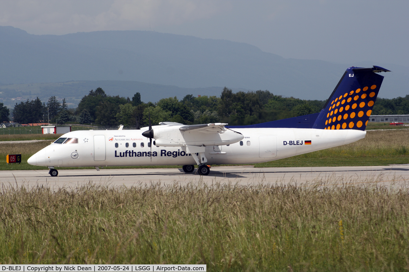 D-BLEJ, 1998 De Havilland Canada DHC-8-314 Dash 8 C/N 521, /