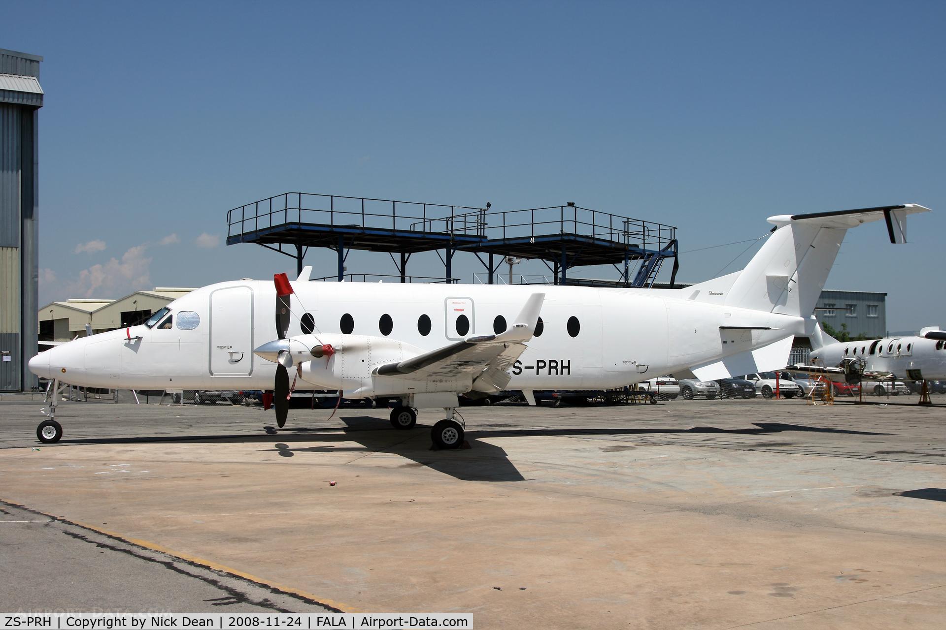 ZS-PRH, 1998 Beechcraft 1900D C/N UE-316, FALA