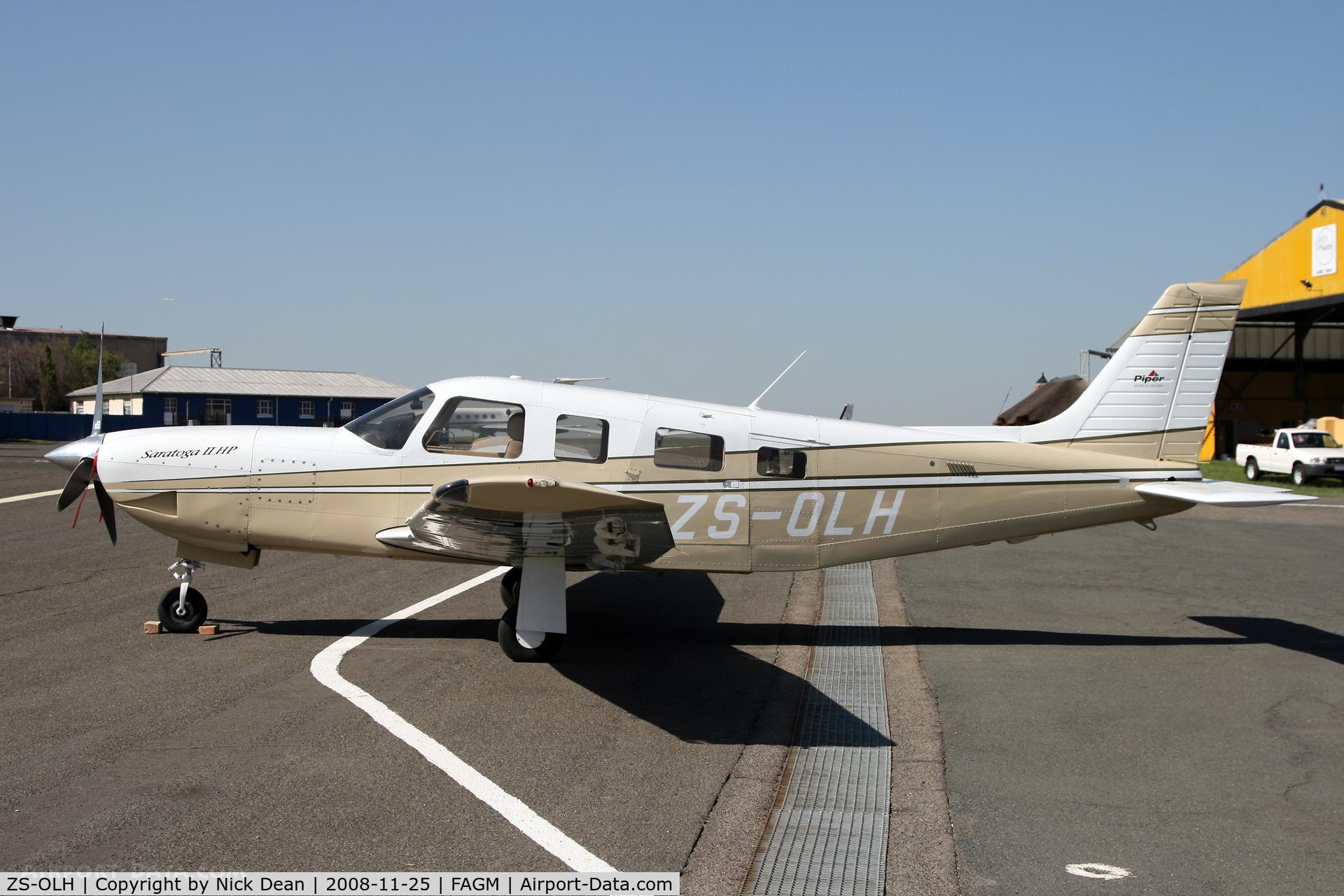 ZS-OLH, Piper PA-32R-301 Saratoga IIHP C/N 3246140, FAGM
