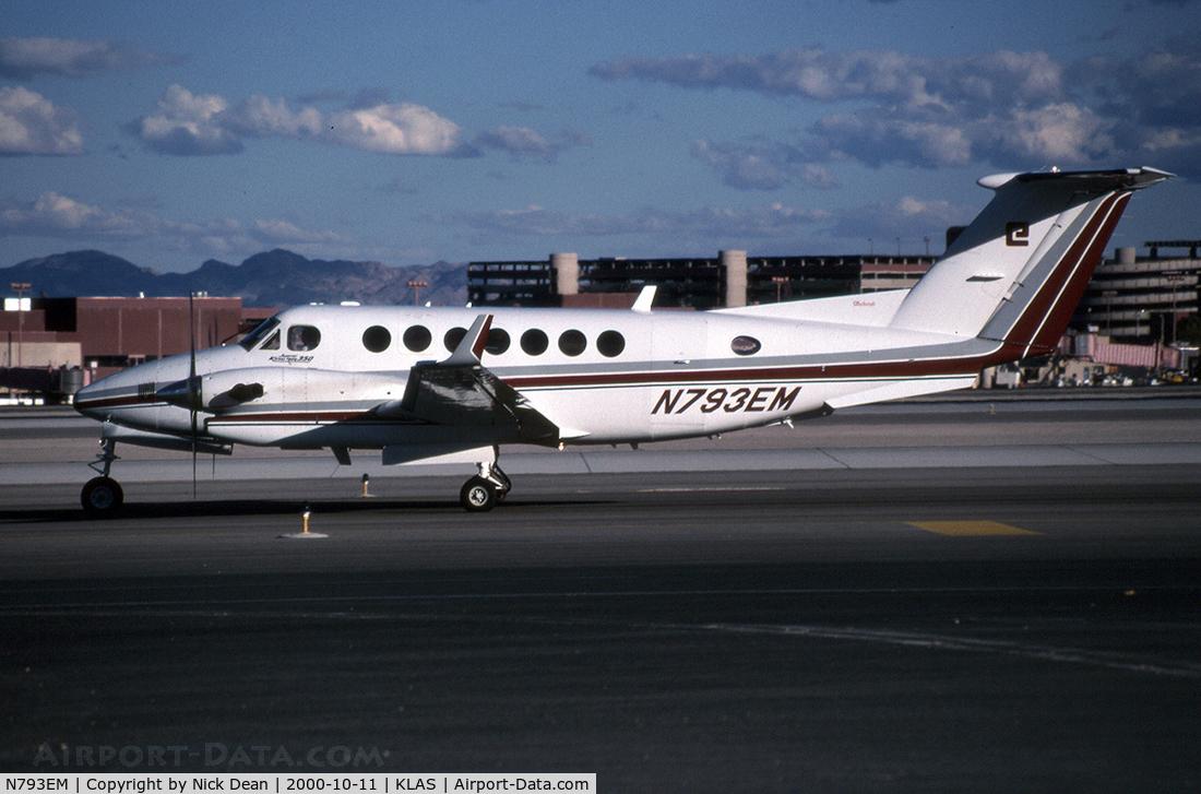 N793EM, 1993 Beechcraft King Air 350 C/N FL-106, KLAS (Currently registered C-GLOX)