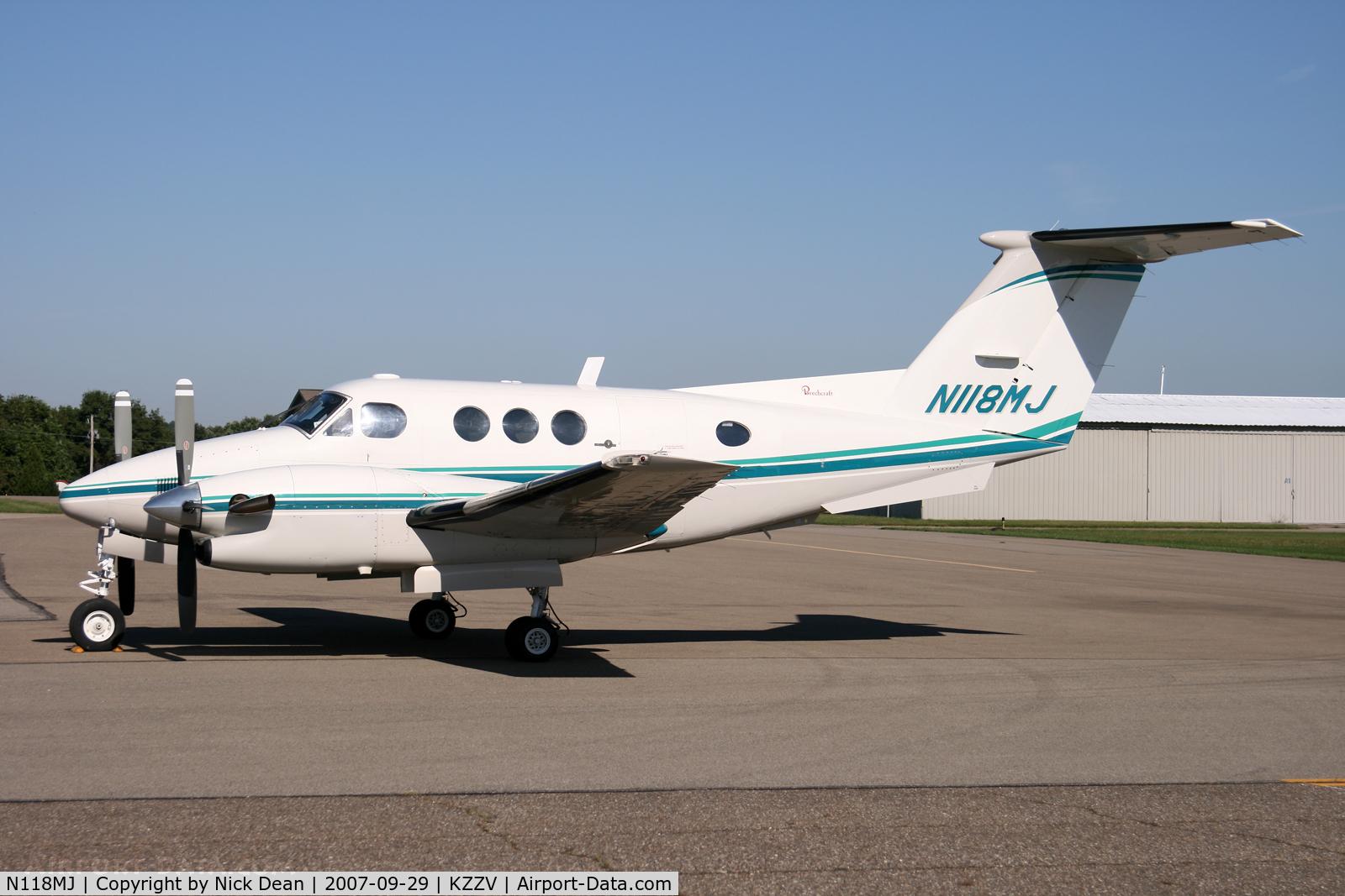 N118MJ, 1982 Beech F90 King Air C/N LA-199, KZZV