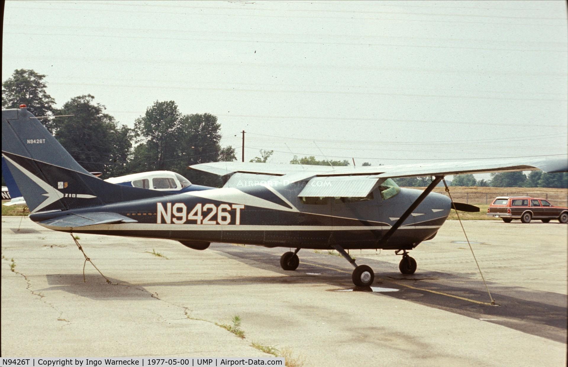 N9426T, 1959 Cessna 210 C/N 57226, Cessna 210 in what looks like the original design at Indianapolis Metropolitan Airport