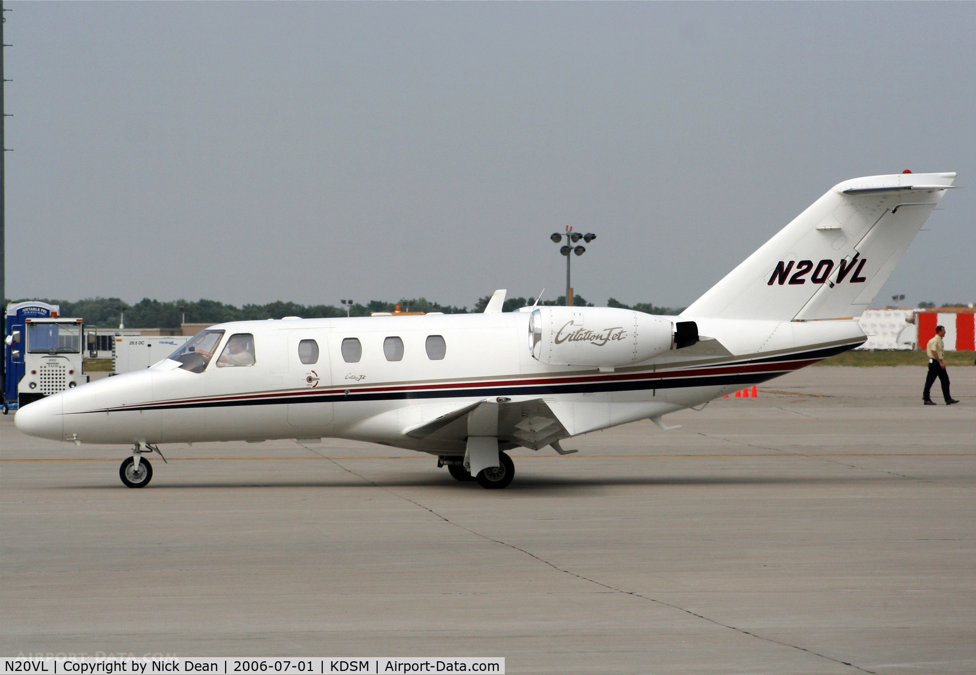 N20VL, 1994 Cessna 525 CitationJet C/N 525-0069, KDSM