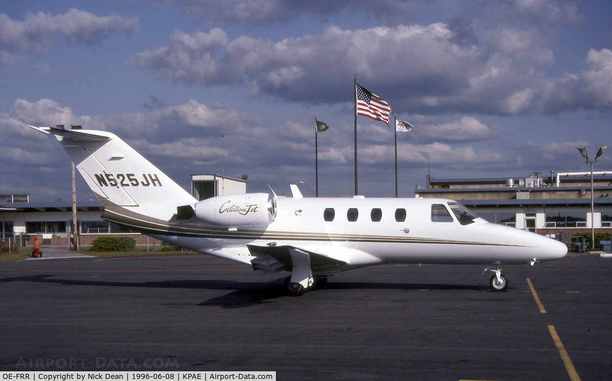 OE-FRR, 1995 Cessna 525 CitationJet CJ1 C/N 525-0124, KPAE (Seen here as N525JH this airframe is currently registered OE-FRR as posted for C/N accuracy)