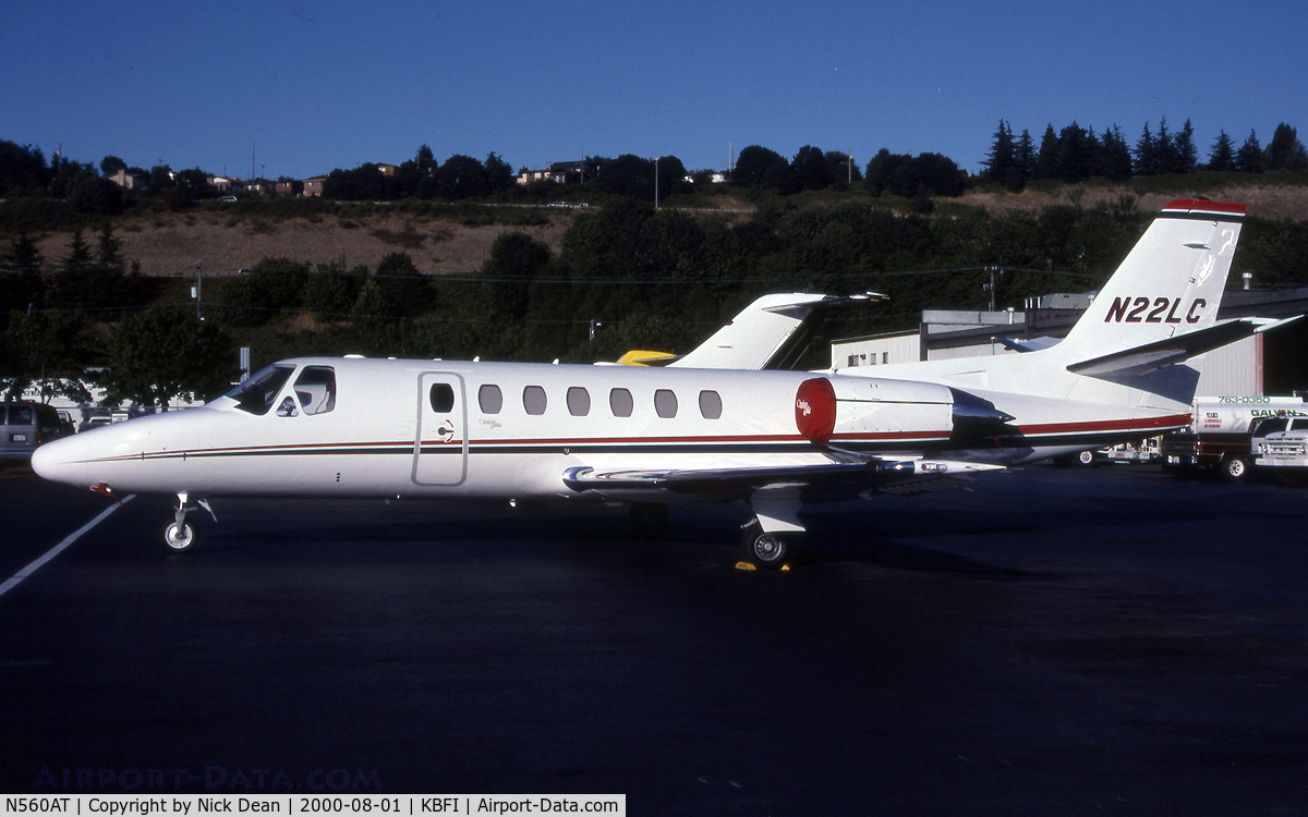 N560AT, 1999 Cessna 560 C/N 560-0521, KBFI (Seen here as N22LC prior to being replaced by a Falcon 900EX of the same reg and owned by the Lowes Companies the re-registered Citation is currently N560AT as posted)