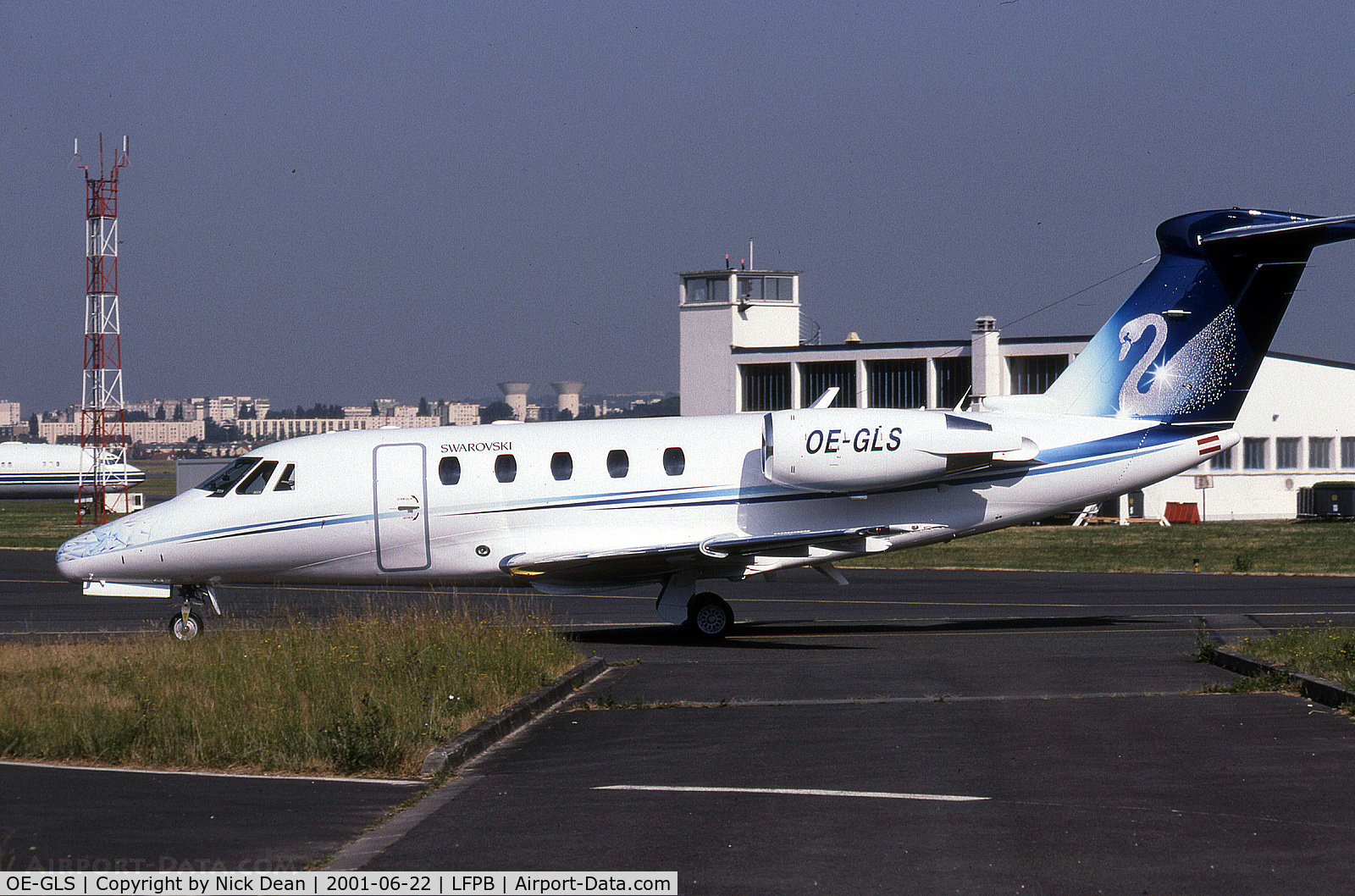 OE-GLS, Cessna 650 Citation VII C/N 650-7110, LFPB