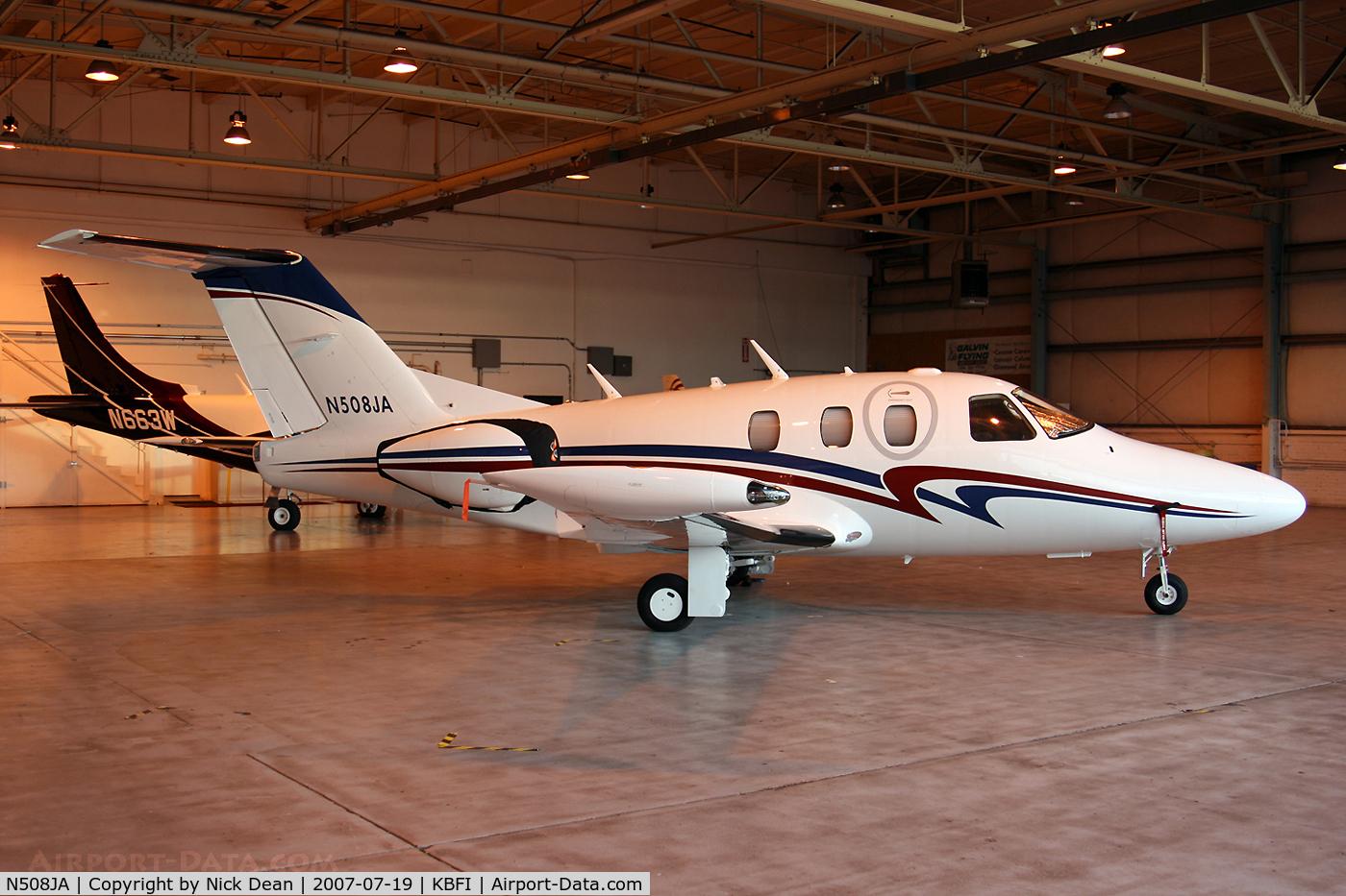 N508JA, 2006 Eclipse Aviation Corp EA500 C/N 000001, KBFI