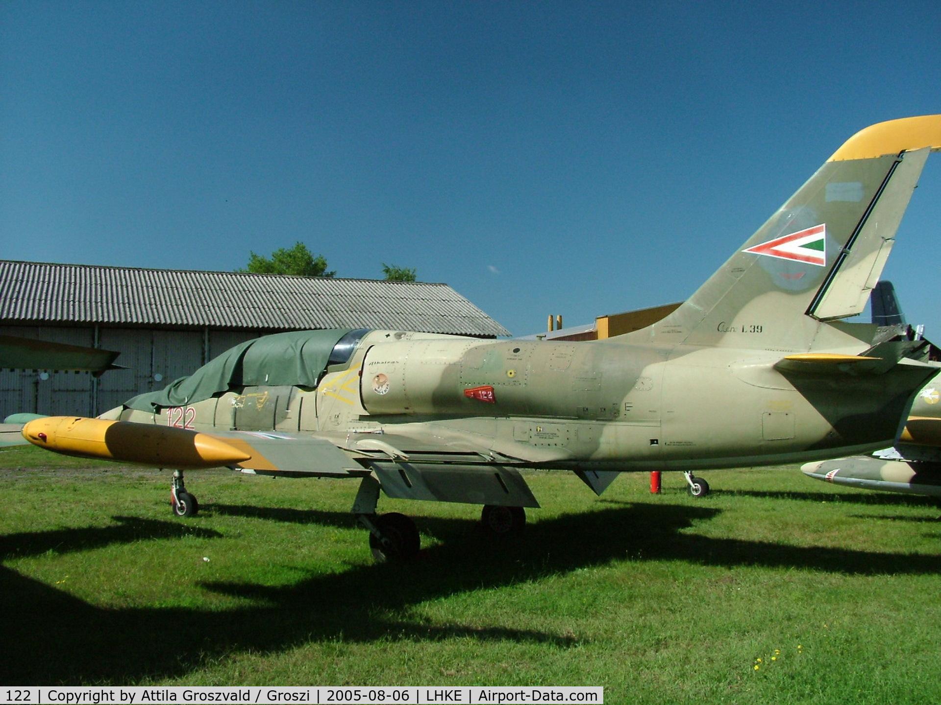 122, Aero L-39ZO Albatros C/N 831122, Kecskemét, Hungarian Air-Forces Base / LHKE / Hungary - Airshow '2005