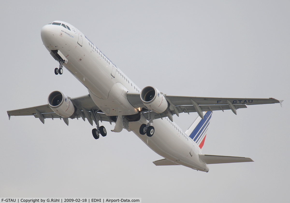F-GTAU, 2000 Airbus A321-212 C/N 3814, Air France,Airbus A321-211,c/n 3814,Airbus delivers the 500th A321 to Air France