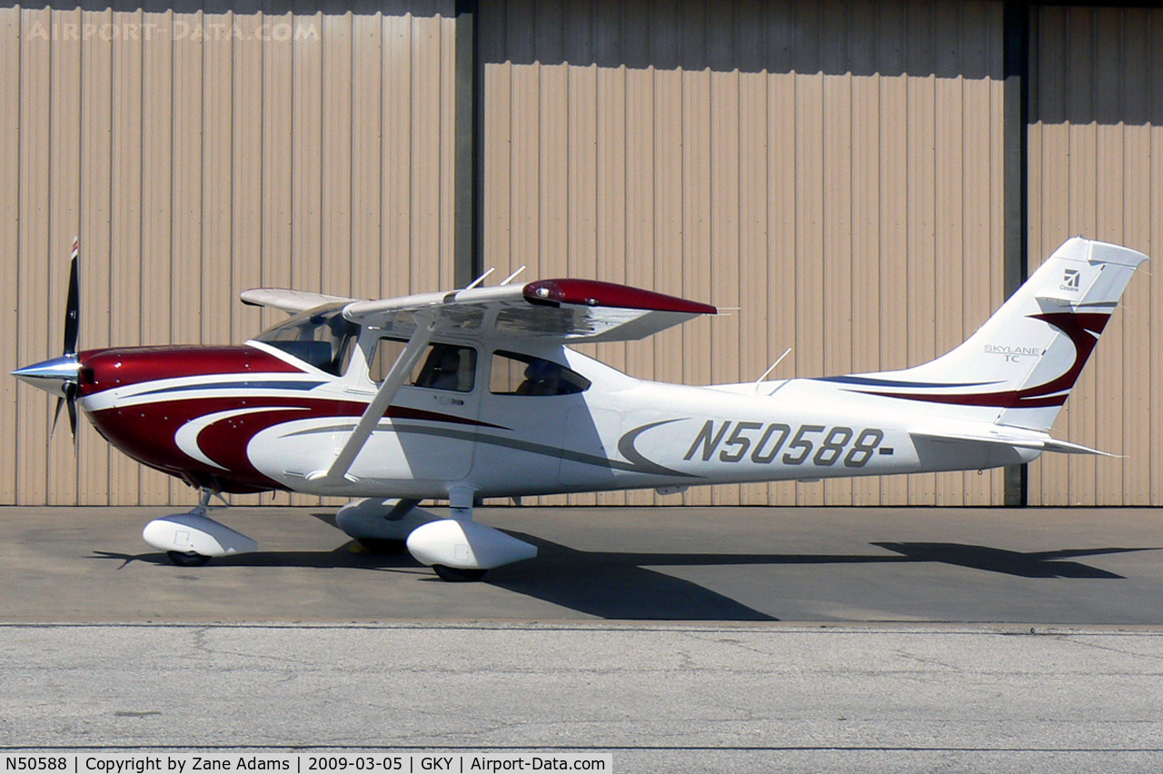 N50588, 2009 Cessna T182T Turbo Skylane C/N T18208916, At Arlington Municipal