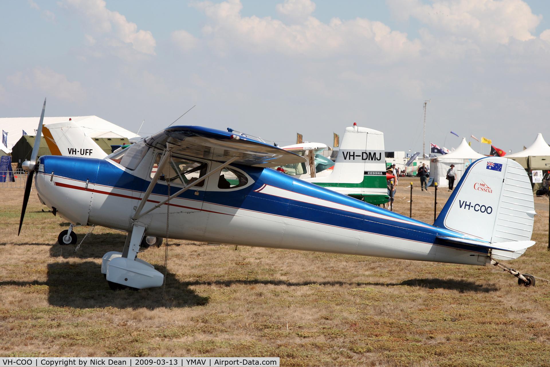 VH-COO, Cessna 140 C/N 10805, YMAV