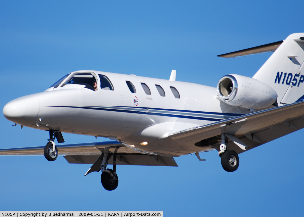 N105P, 1999 Cessna 525 CitationJet C/N 525-0336, On final approach to 17L.
