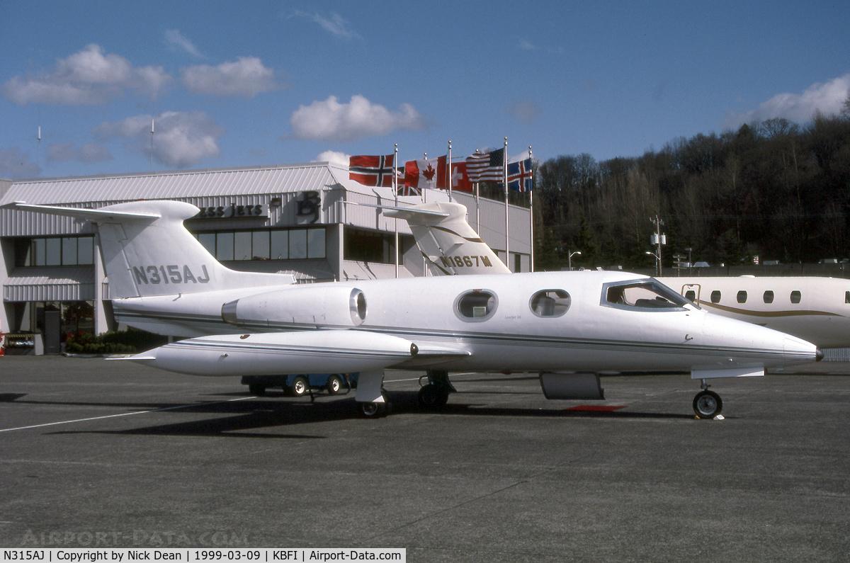 N315AJ, 1966 Learjet 24 C/N 108, KBFI