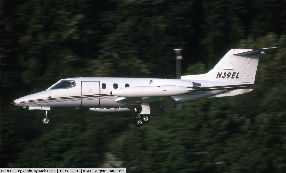 N39EL, 1966 Learjet 24D C/N 251, KBFI