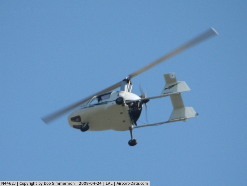 N4462J, 2007 Celier Xenon RST C/N CAK03971S, Fly-by at Sun N Fun 2009 - Lakeland, Florida