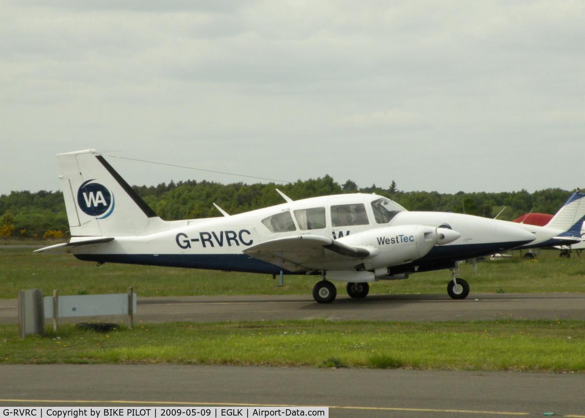 G-RVRC, 1974 Piper PA-23-250 Aztec E C/N 27-7405336, PASSING THE CAFE
