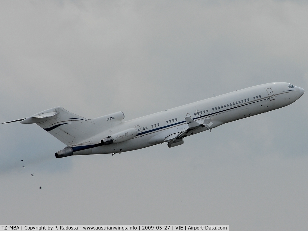 TZ-MBA, 1980 Boeing 727-2K5 C/N 21853, Malis president is leaving Vienna with this very rare plane