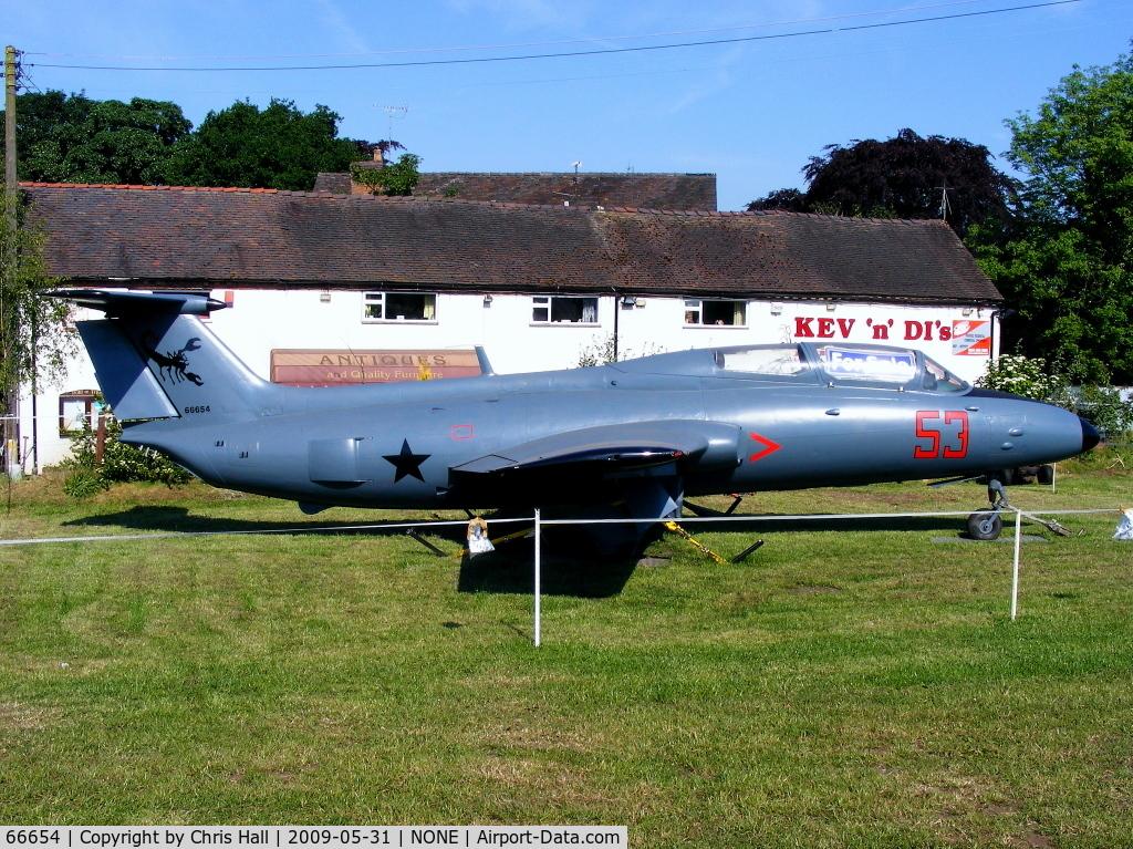 66654, Aero L-29 Delfin C/N 395189, Aero L-29 Delphin in a field in Rosehill, Shropshire, UK