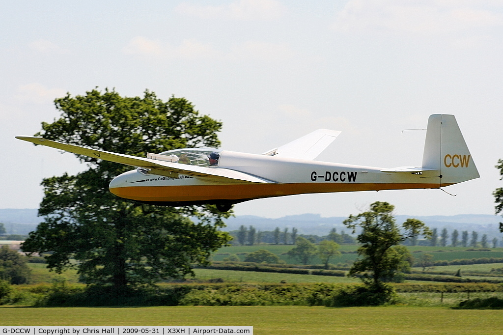 G-DCCW, 1967 Schleicher ASK-13 C/N 13051, Hoar Cross Airfield, home of the Needwood Forest Gliding Club