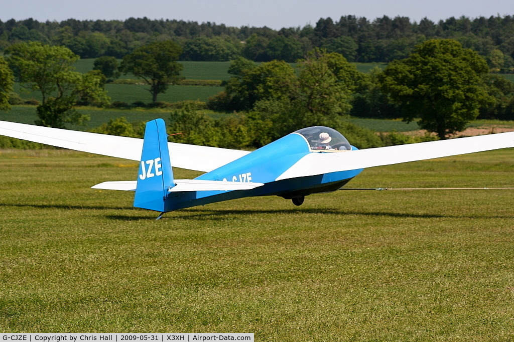 G-CJZE, 1973 Schleicher ASK-13 C/N 13423, Hoar Cross Airfield, home of the Needwood Forest Gliding Club