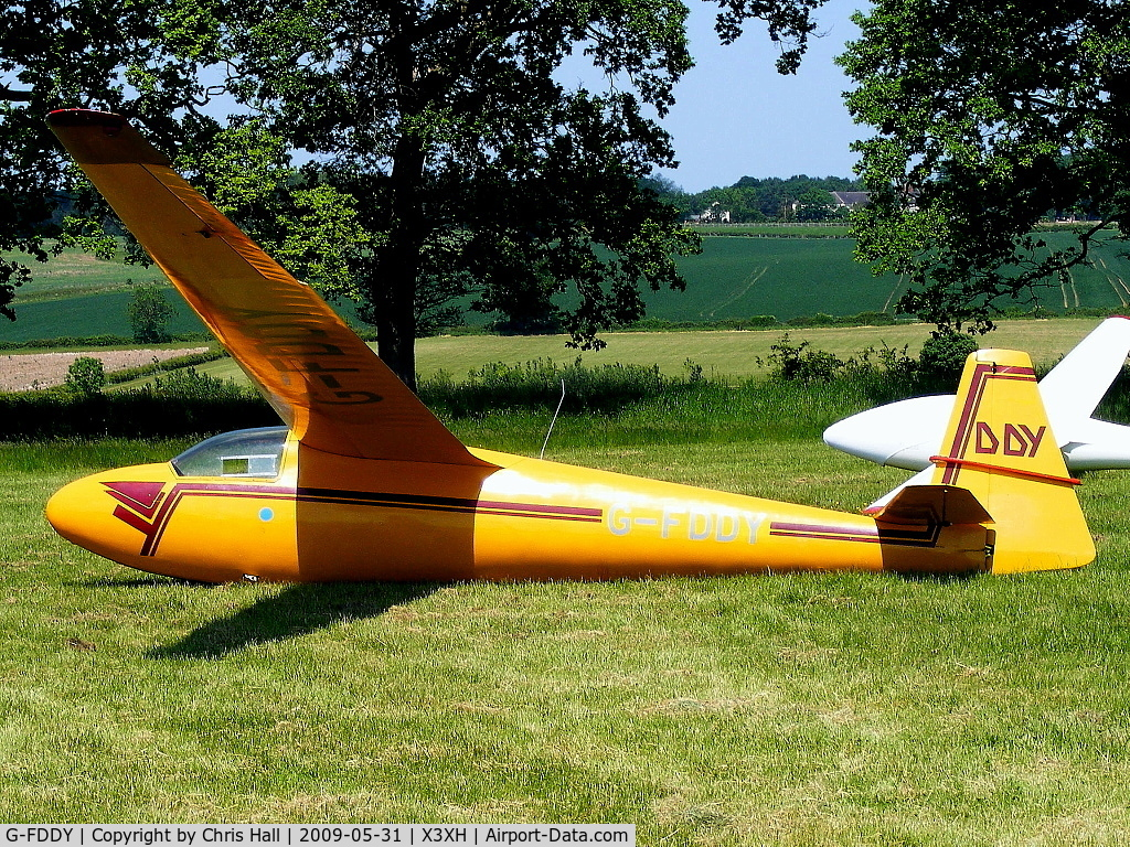 G-FDDY, 1960 Schleicher Ka-6CR Rhonsegler C/N 678, Hoar Cross Airfield, home of the Needwood Forest Gliding Club