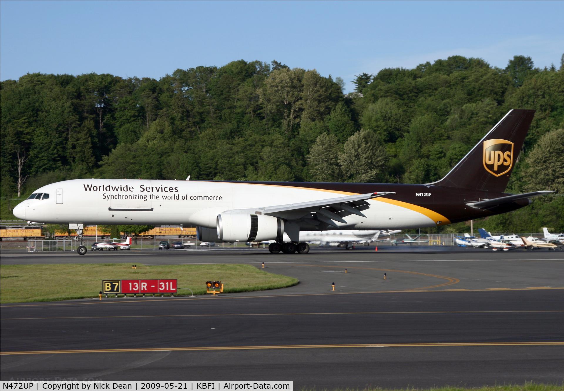 N472UP, 1998 Boeing 757-24APF C/N 28843, KBFI