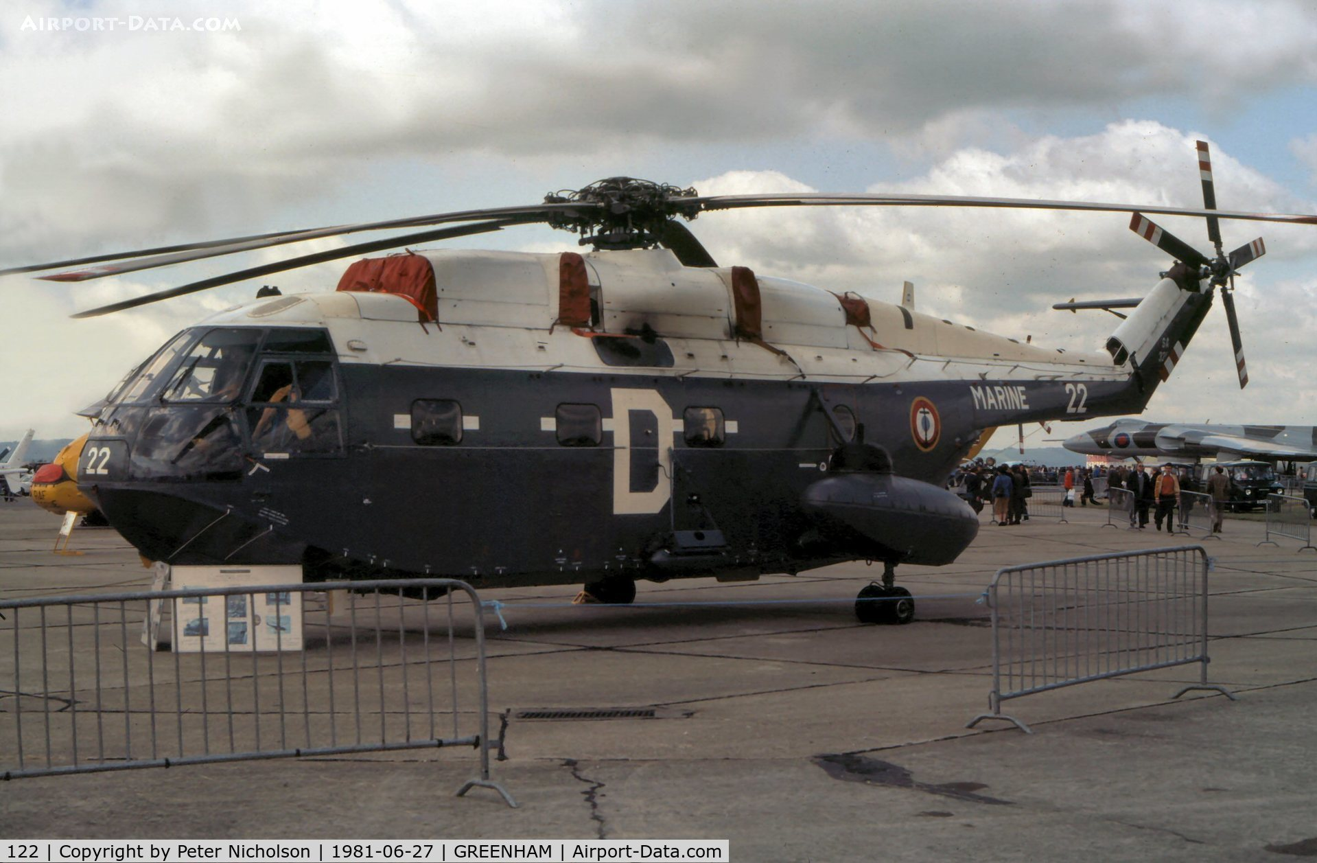 122, Aérospatiale SA-321G Super Frelon C/N 122, Super Frelon of French Aeronavale's 32 Flotille at the 1981 Intnl Air Tattoo at RAF Greenham Common.