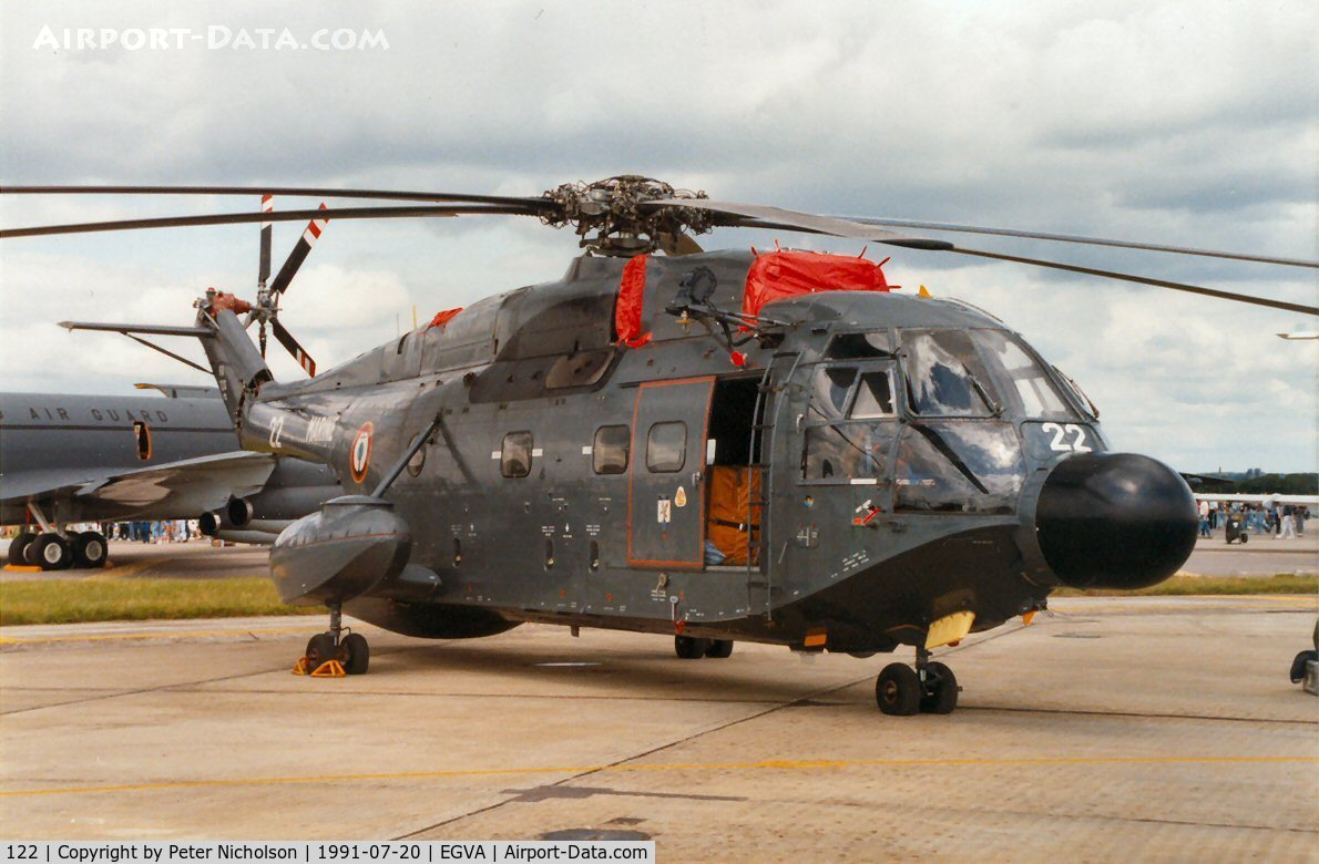 122, Aérospatiale SA-321G Super Frelon C/N 122, Super Frelon of 16 Flotille French Aeronavale on display at the 1991 Intnl Air Tattoo at RAF Fairford.