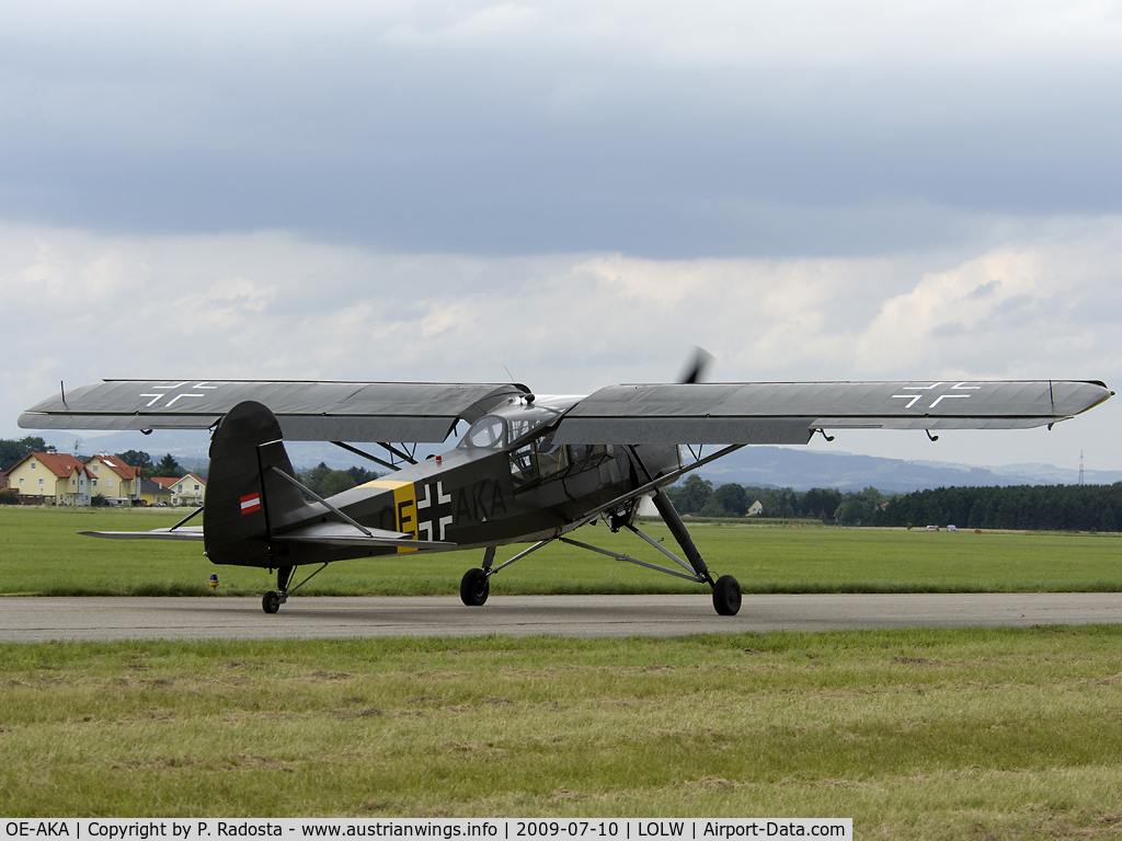 OE-AKA, Fieseler S-14B Storch (Fi-156C-3) C/N 3814, Bücker Treffen 2009, Flugplatz Wels