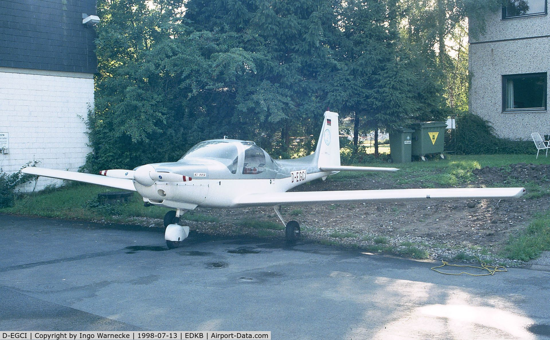 D-EGCI, 1987 Grob G-115A C/N 8015, Grob G.115A at Bonn-Hangelar airfield