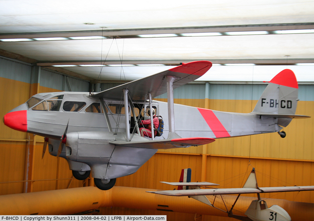 F-BHCD, 1945 De Havilland DH-89A Dominie/Dragon Rapide C/N 6706, Preserved inside Le Bourget Museum...