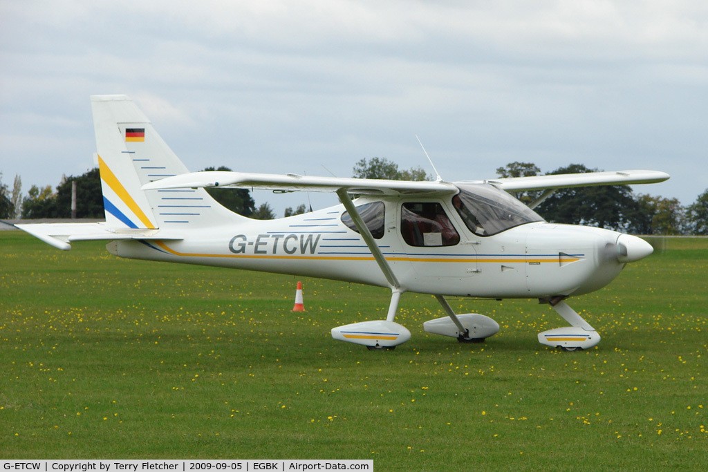 G-ETCW, 1999 Wright T GLASTAR C/N 5627, Visitor to the 2009 Sywell Revival Rally