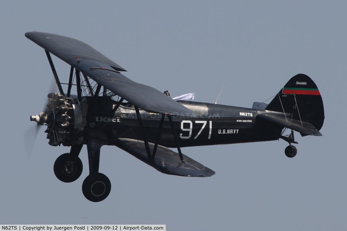 N62TS, 1940 Boeing A75N1(PT17) C/N 75-971, Red Bull Air Race Porto 2009 - Boeing N2S-1 Kaydet